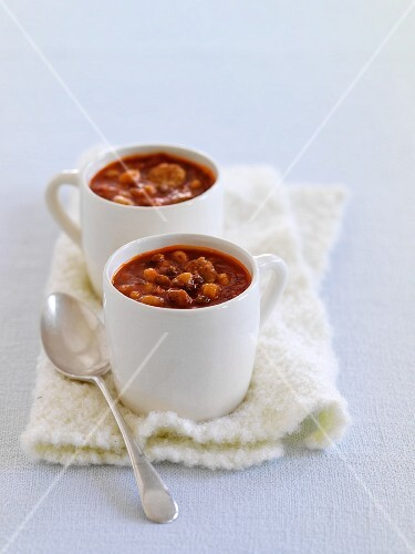 Bean stew with sausage