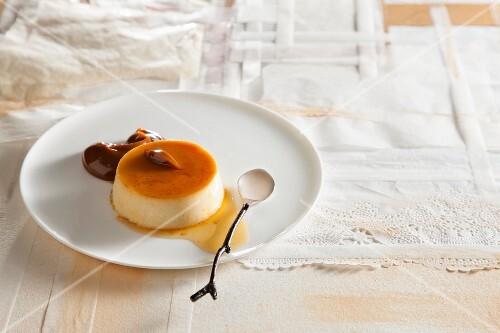 Crème caramel with dulce de leche