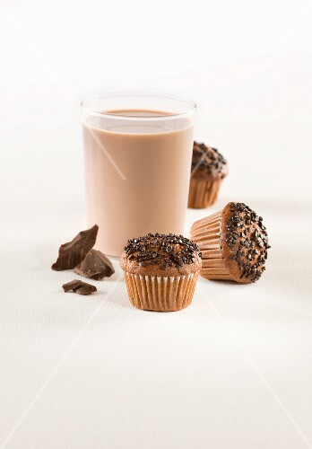 Chocolate muffins with hot chocolate