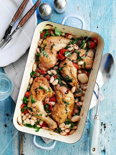Chicken Baked with Tomatoes and White Beans