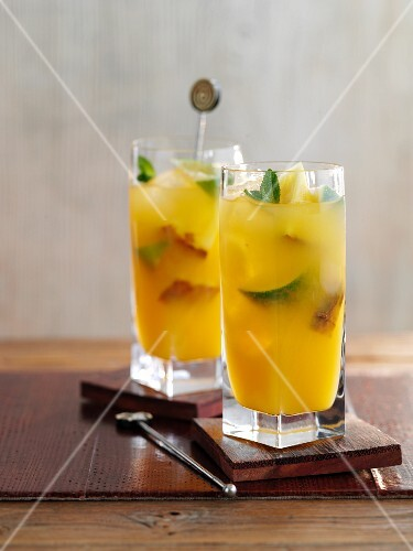 Cocktail Royal Rum Punch