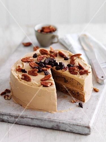 Coffee Cake with Pecans
