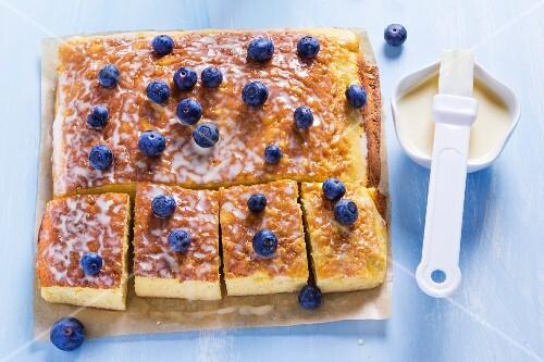 Milk cake with blueberries