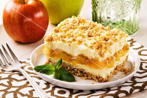 Apple and cheese granola dessert