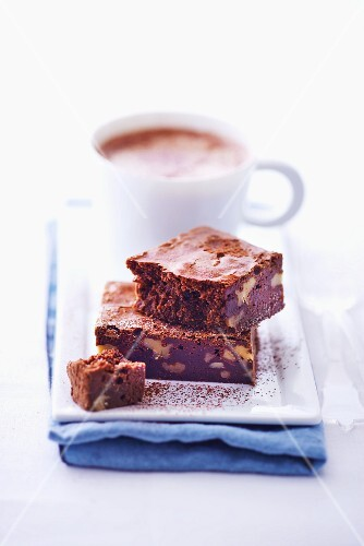 Brownies with hot chocolate