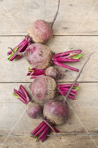 Garden Beetroot on rustic wooden table