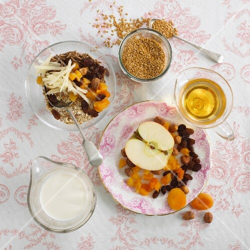 Bircher muesli with apple and dried fruits