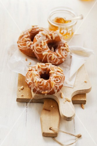 Doughnuts, Tuscany style, with pine nuts