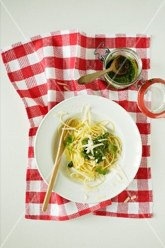 Noodles with Asian pesto (view from above)