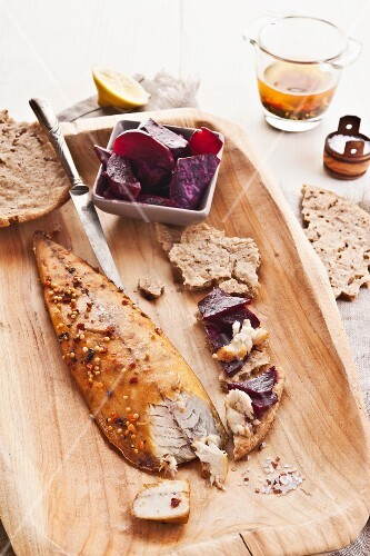 Spiced smoked mackerel, rye flatbread and beetroot salad