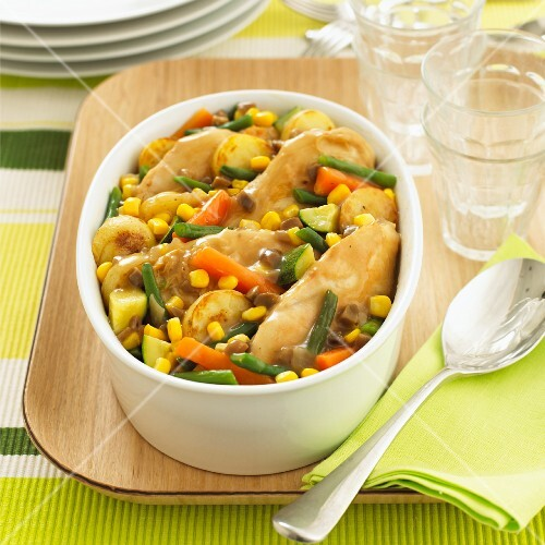 Hotpot with chicken and vegetables