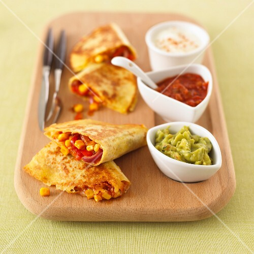 Quesadillas with sweetcorn filling and assorted dips