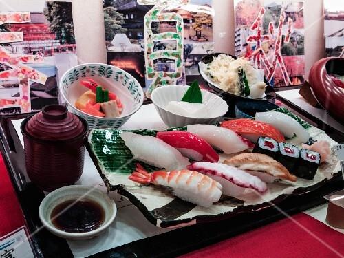 Sushi at the fish market, Tokyo
