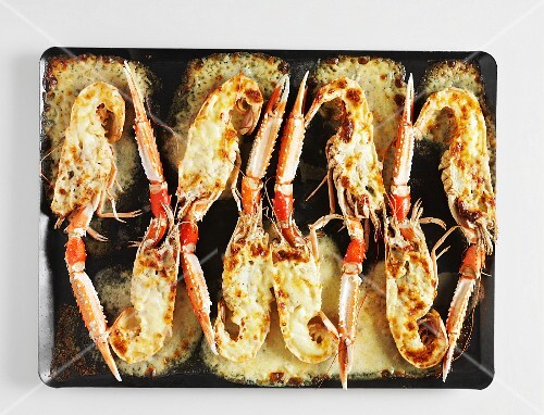 Crayfish baked with V