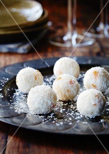 White chocolate truffles with grated coconut