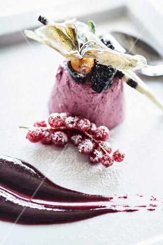 Semifreddo ai frutti di bosco (forest fruit iced dessert, Italy)
