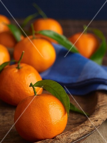 Clementine Segments with Whole Clementines