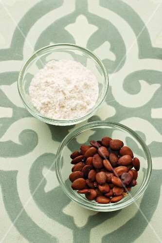 Carob bean flour and carob bean seeds