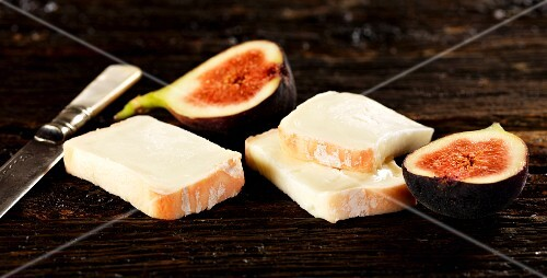 Taleggio cheese and fresh figs
