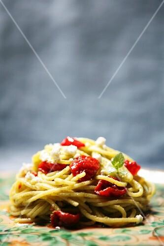 Pasta con ricotta e mentuccia (pasta with ricotta and mint)