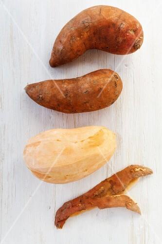 Sweet potatoes, peeled and unpeeled