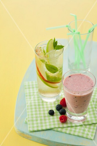 Berry smoothie and a sparkling apple and mint drink