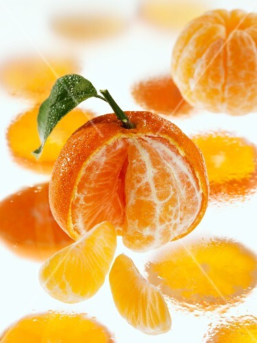 Freshly washed clementines