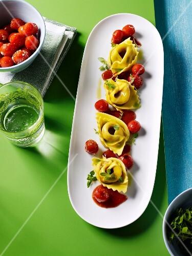 Wild garlic tortellini with cherry tomatoes