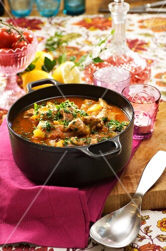 Chicken stew with lemons