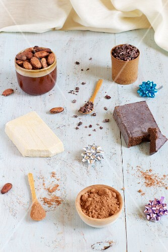 Cocoa beans: whole, grated and ground and cocoa butter and paste