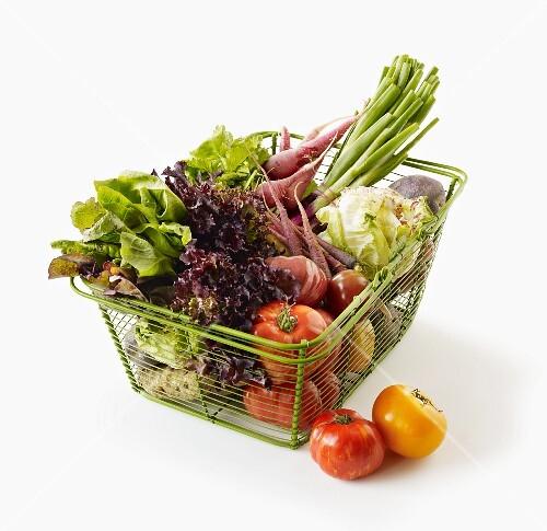 Fresh vegetables in a shopping basket