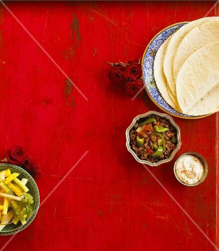 Ingredients for tacos with minced beef