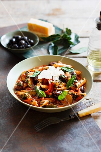 Penne primavera with basil and Parmesan