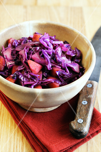 Apple red cabbage braised in red wine