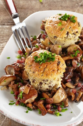 Pumpernickel souffles with mushrooms and bacon