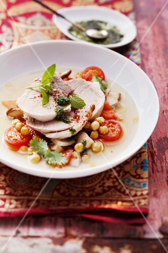 Shoulder of pork in a garam masala broth with chickpeas