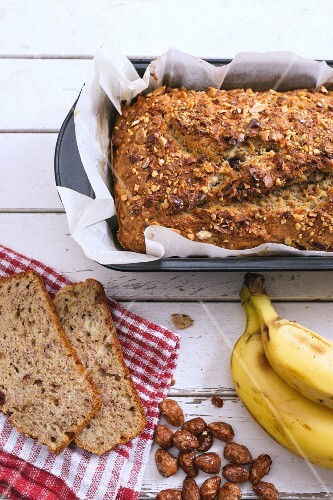 Banana bread with glazed almonds