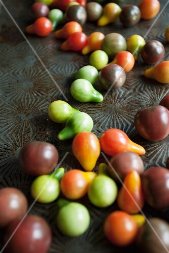 Various different coloured cherry tomatoes