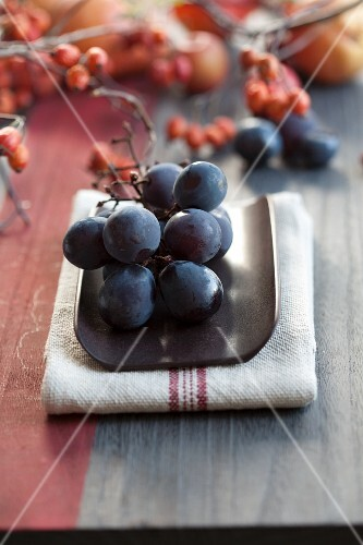 Red grapes and rosehips