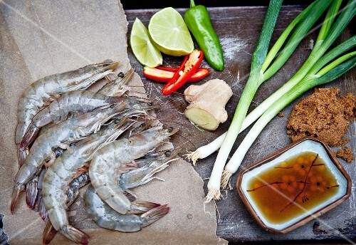 Ingredients for a classic Thai stir-fry with king prawns
