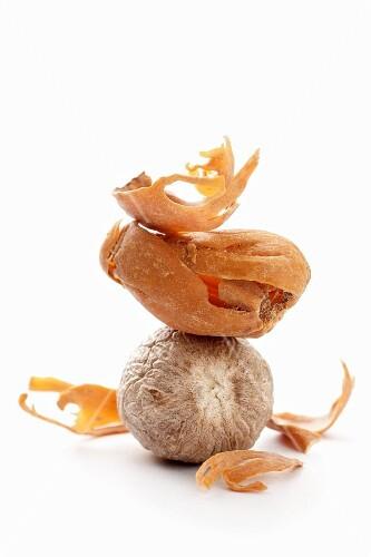 A nutmeg and a nutmeg flower