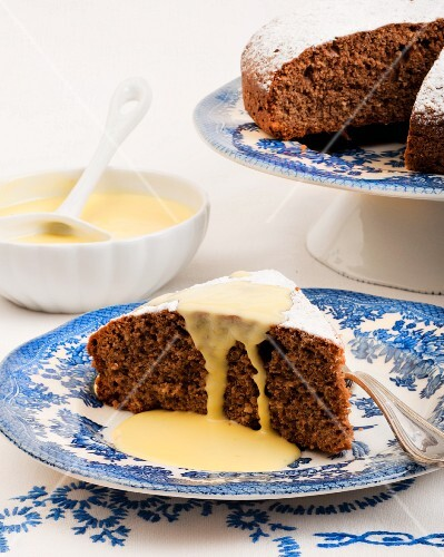 Hazelnut cake with vanilla sauce