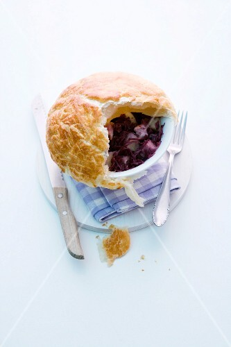 A red cabbage pie
