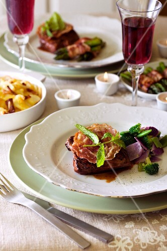 Beef steak with pancetta and basil