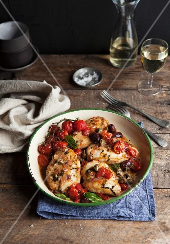 Chicken breast with tomatoes and olives