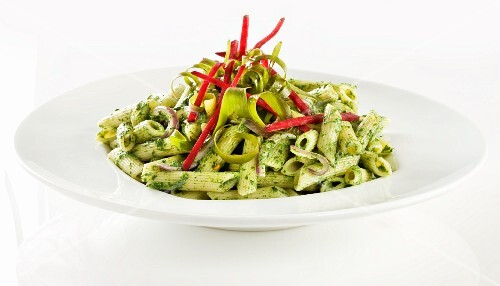 Pasta with pesto and beetroot strips