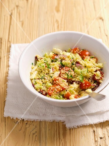 Couscous salad with cherry tomatoes, cucumber and mozzarella