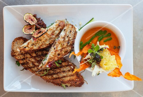 Toasted sandwiches and carrot soup