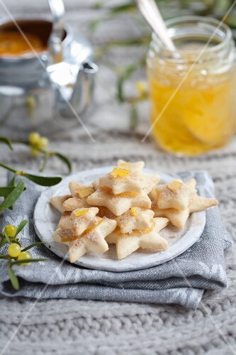 Orange biscuits and a jar of orange and ginger chutney (Christmas)
