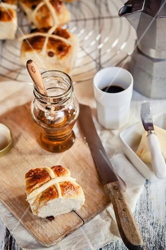 Hot cross buns, honey and coffee